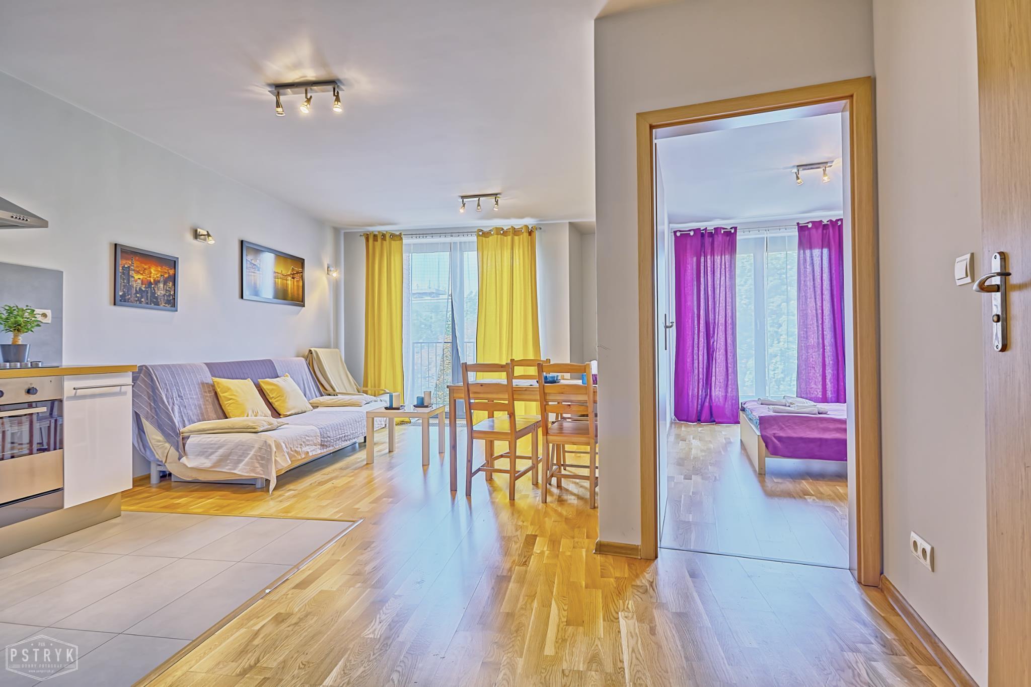 Kornelia Apartments