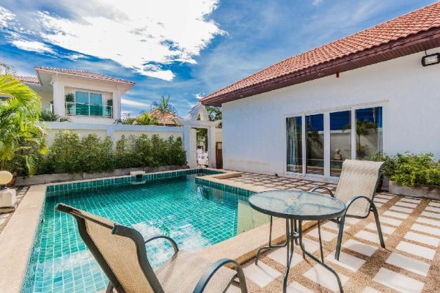 มาเจสติก พูล วิลลา บาย พัทยา ซันนี เรนทัล – Majestic Pool Villa By Pattaya Sunny Rentals