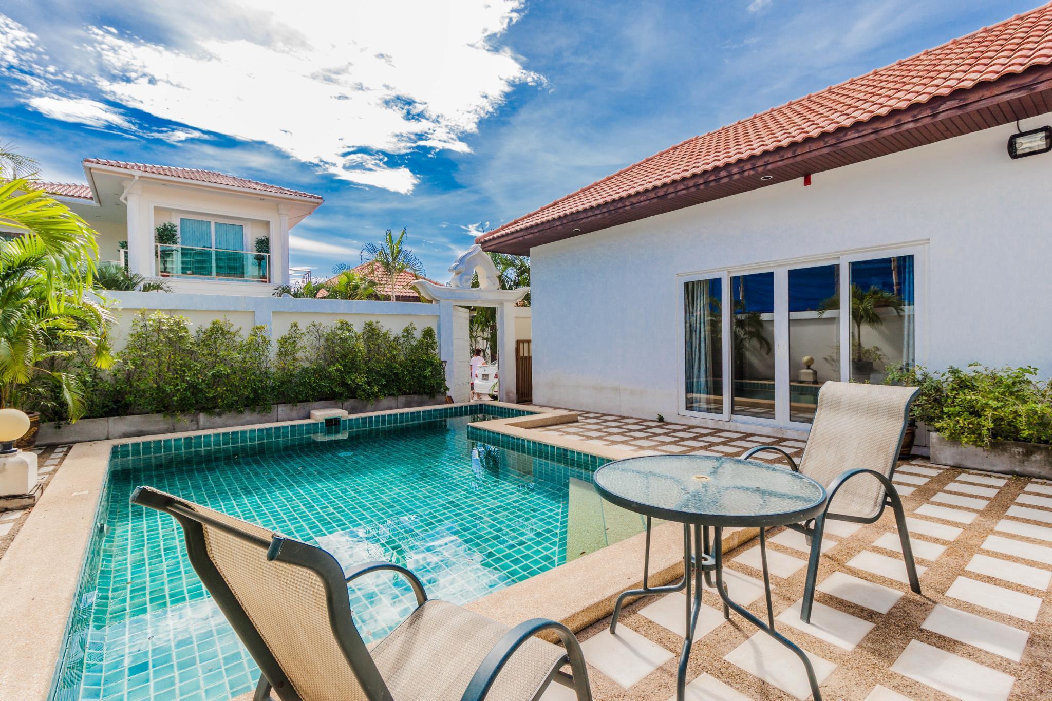 Majestic Pool Villa By Pattaya Sunny Rentals มาเจสติก พูล วิลลา บาย พัทยา ซันนี เรนทัล