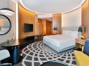 Фото отеля DoubleTree by Hilton Dubai - Business Bay