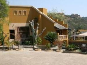 Nomndeni Celokuhle Lodge