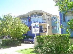 Twin Quays Noosa Hotel