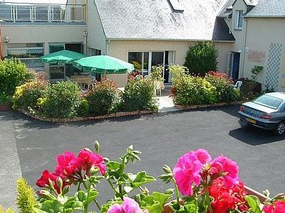 Logis Beaujoire Hotel