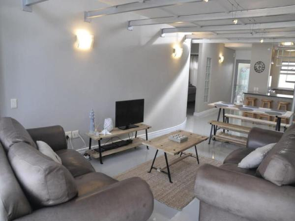 Seaside Village Luxury Penthouse Cape Town