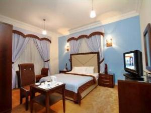 Tietoja majapaikasta Royal Hotel & Suites (Royal Hotel & Suites)