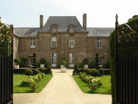 Chateau De La Ballue   Les Collectionneurs