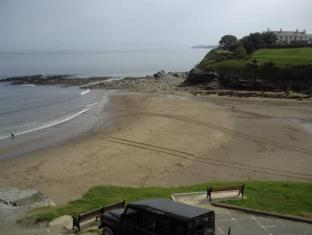 Highcliffe Hotels image