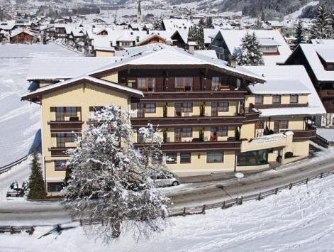 Hotel Waldheim KG