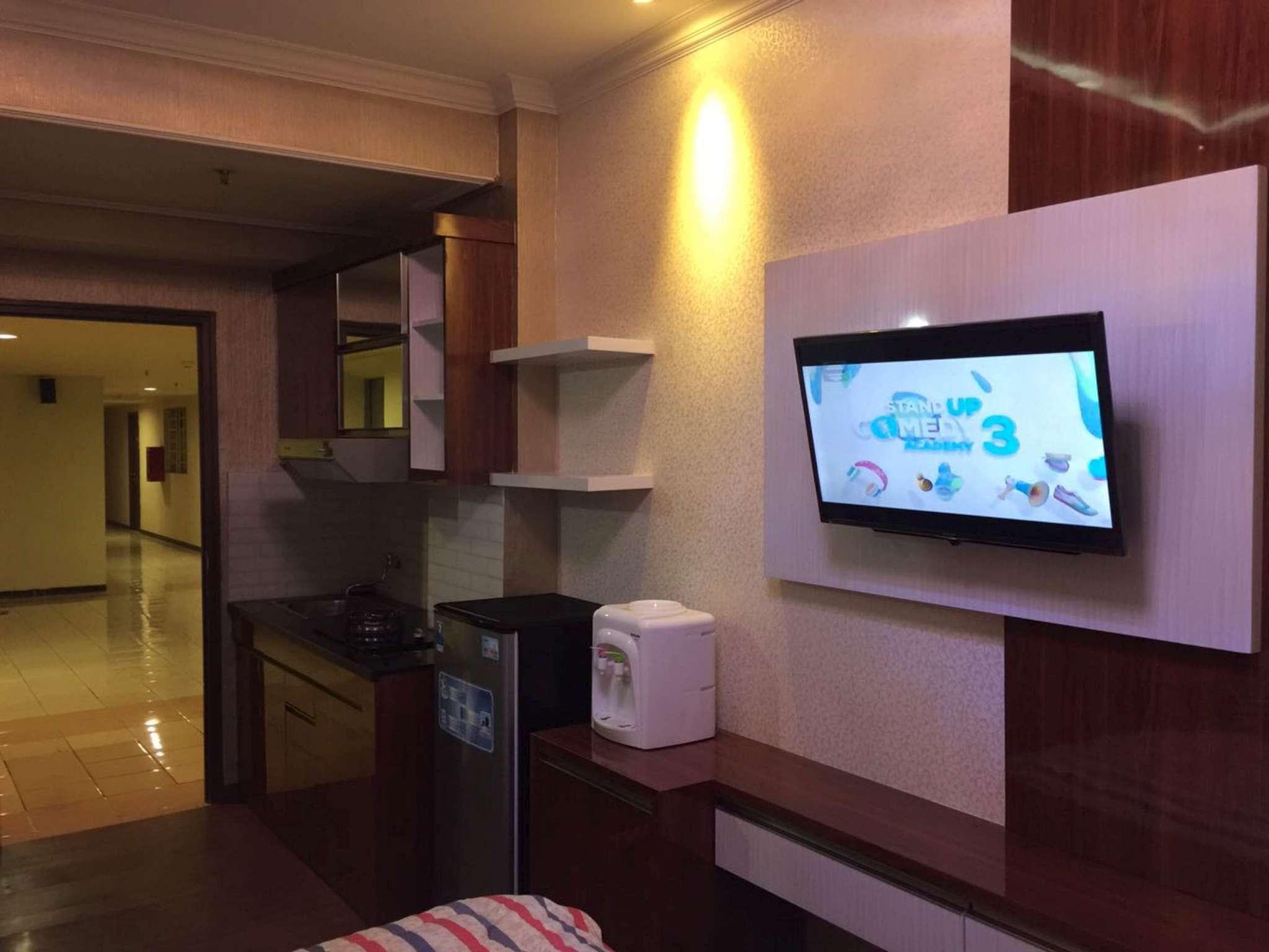 Studio Unit 1 At Metro Suite Apartment   Riki