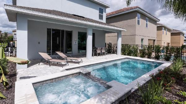 Mandrake - 650L, 5 Bedrooms Orlando