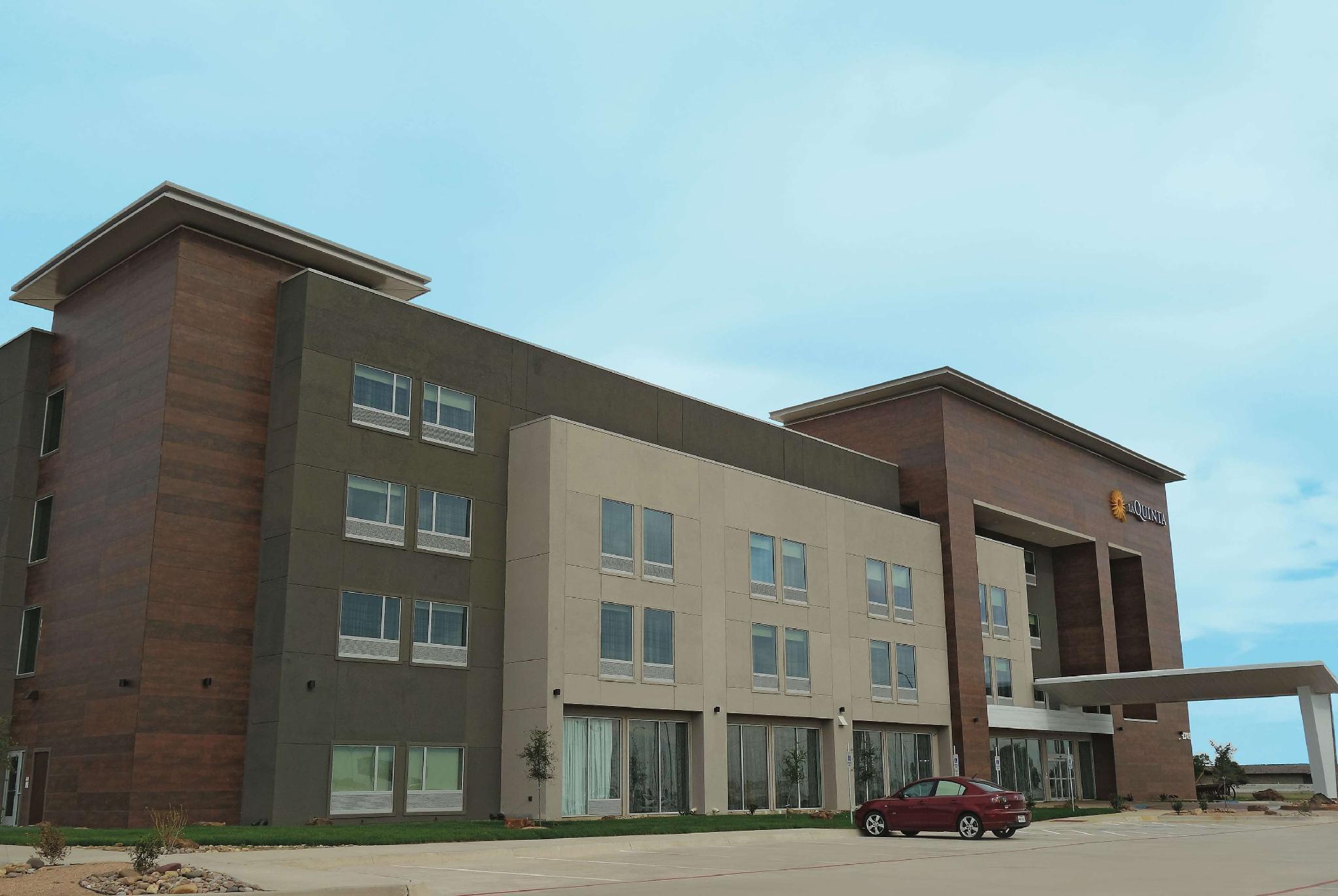 La Quinta Inn And Suites By Wyndham Amarillo Airport