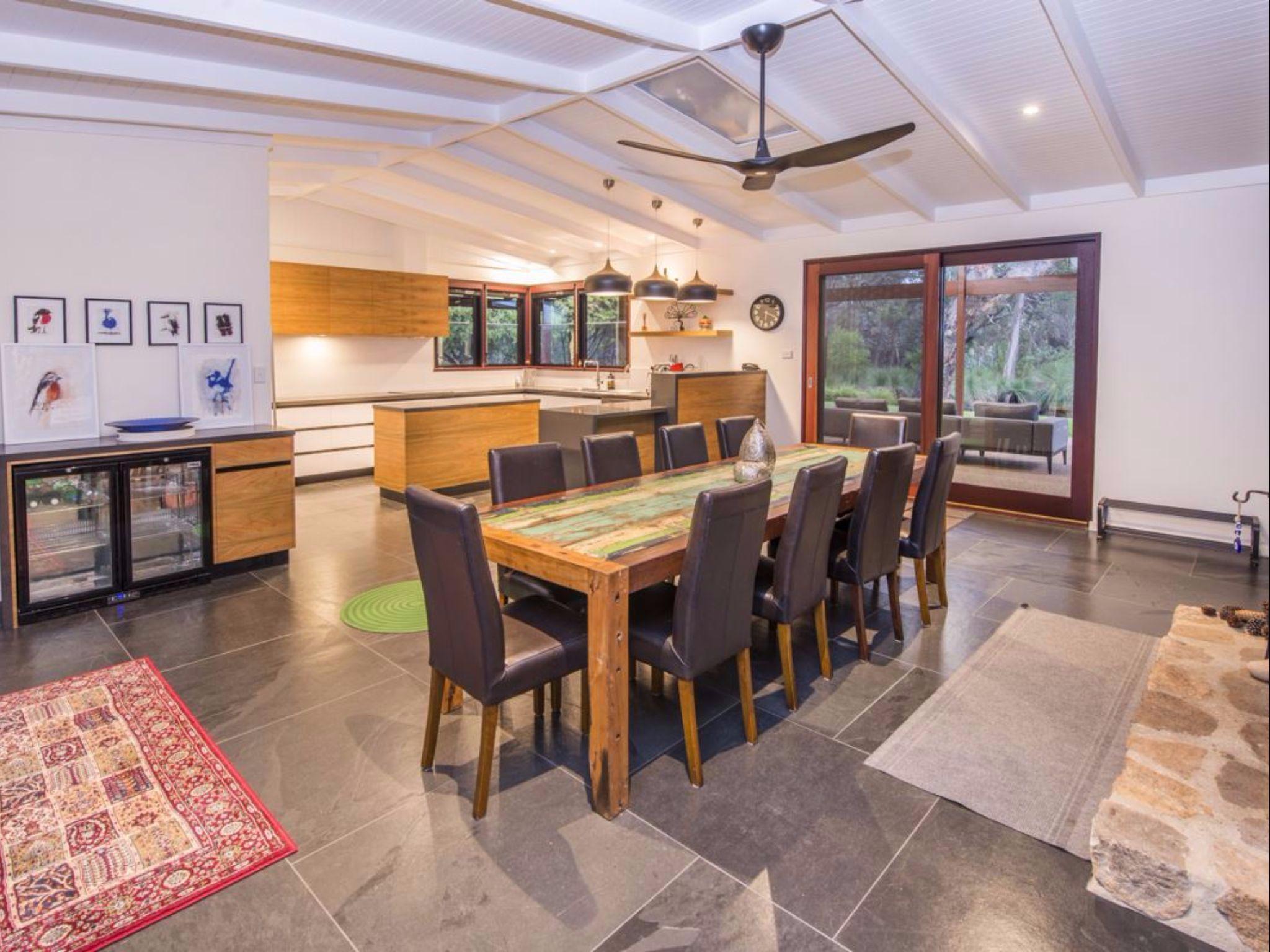 Dunsborough Holiday Homes   88 Vidler Road