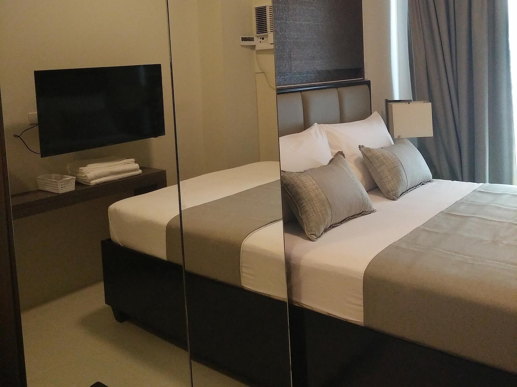 Fully Furnished Studio Suite 2 in Ortigas