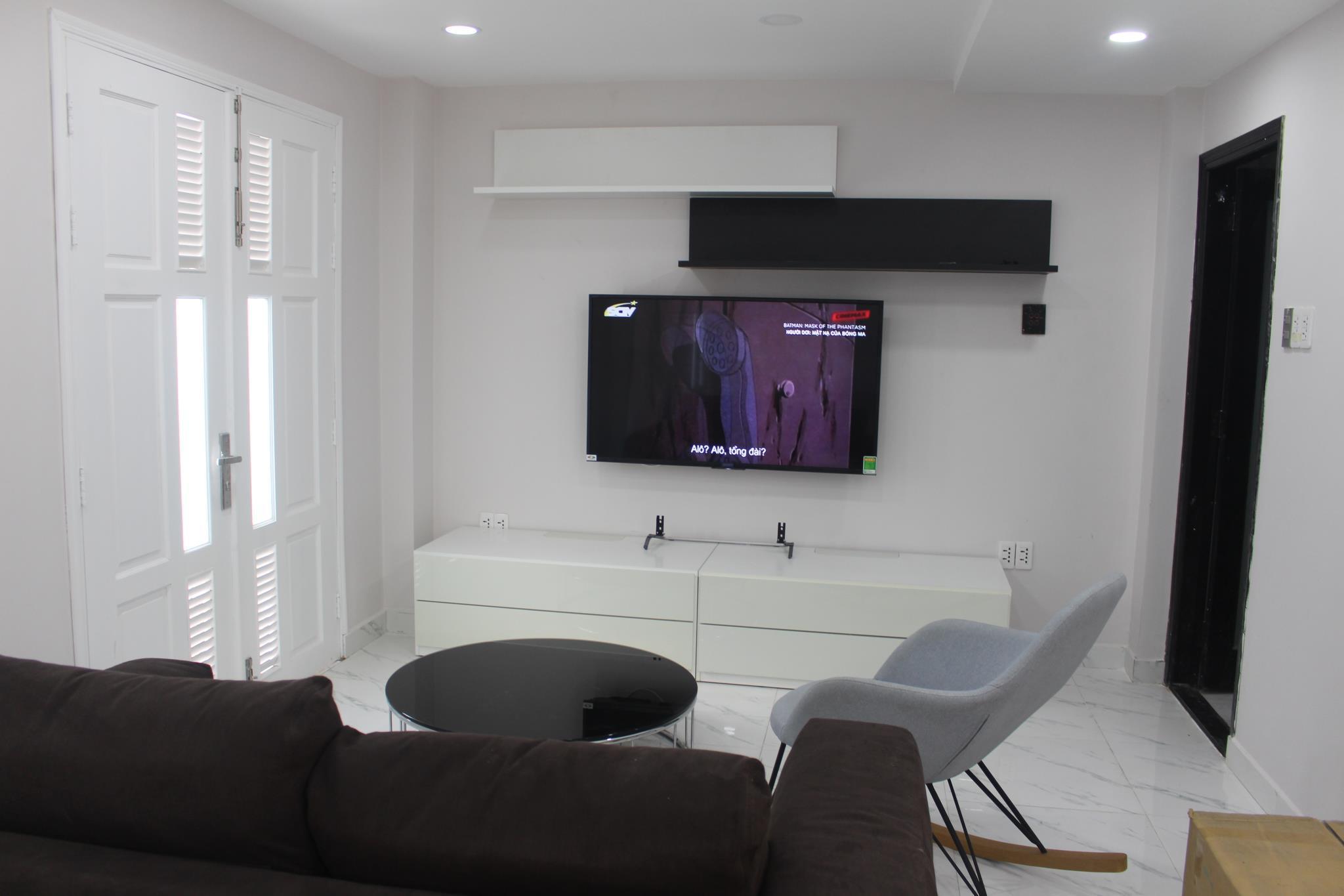 Entire Smart Home 6 Bedrooms