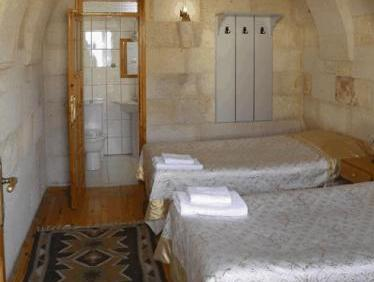 Anatolia Raymonde Cave House
