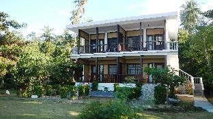 picture 2 of Las Cabanas Beach Resort
