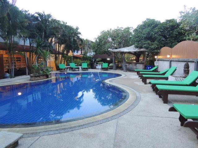 โรงแรมเขาหลัก แกรนด์ ซิตี้ – Khaolak Grand City Hotel