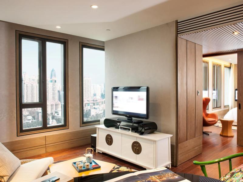 Hotel Indigo Premier Suite - Advance Purchase