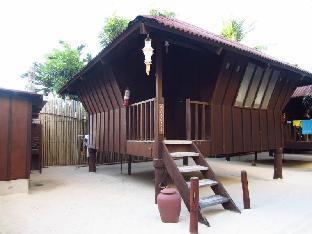 picture 3 of Boracay Pito Huts Resort