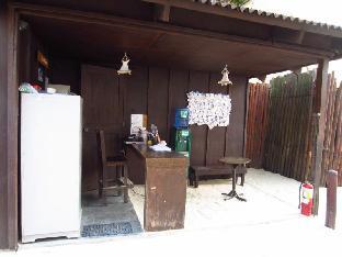 picture 4 of Boracay Pito Huts Resort