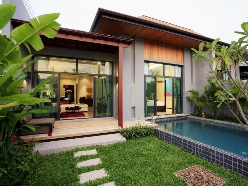 Two Villas Holiday Phuket: Onyx Style Nai Harn Beach ทู วิลลา ฮอลิเดย์ ภูเก็ต หาดในหาน
