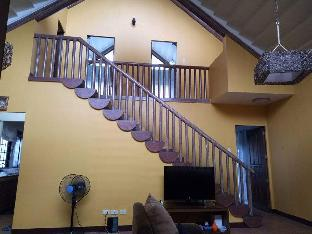 picture 2 of 2 storey log home in quiet Tagaytay