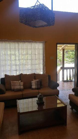 picture 5 of 2 storey log home in quiet Tagaytay