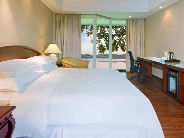 Bandara International Hotel