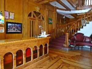 허리테이지 멘션  (Heritage Mansion)