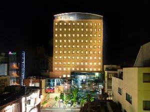 โรงแรมอะป้า ฟูุกุอิ-คาตามาจิ (APA Hotel Fukui-Katamachi)