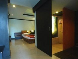 Baan Kaew Resort