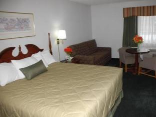 Days Inn Racine Sturtevants image