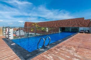 ZEN Rooms Kuta Square Mall - Bali
