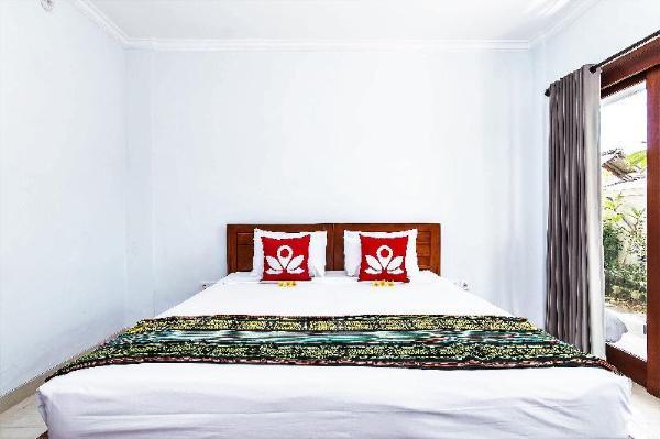 ZEN Rooms near Batu Bolong Canggu Bali