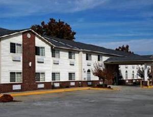 Super 8 Mt. Vernon Hotel