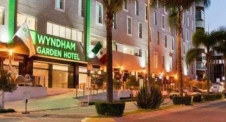 Price Wyndham Garden Guadalajara Acueducto