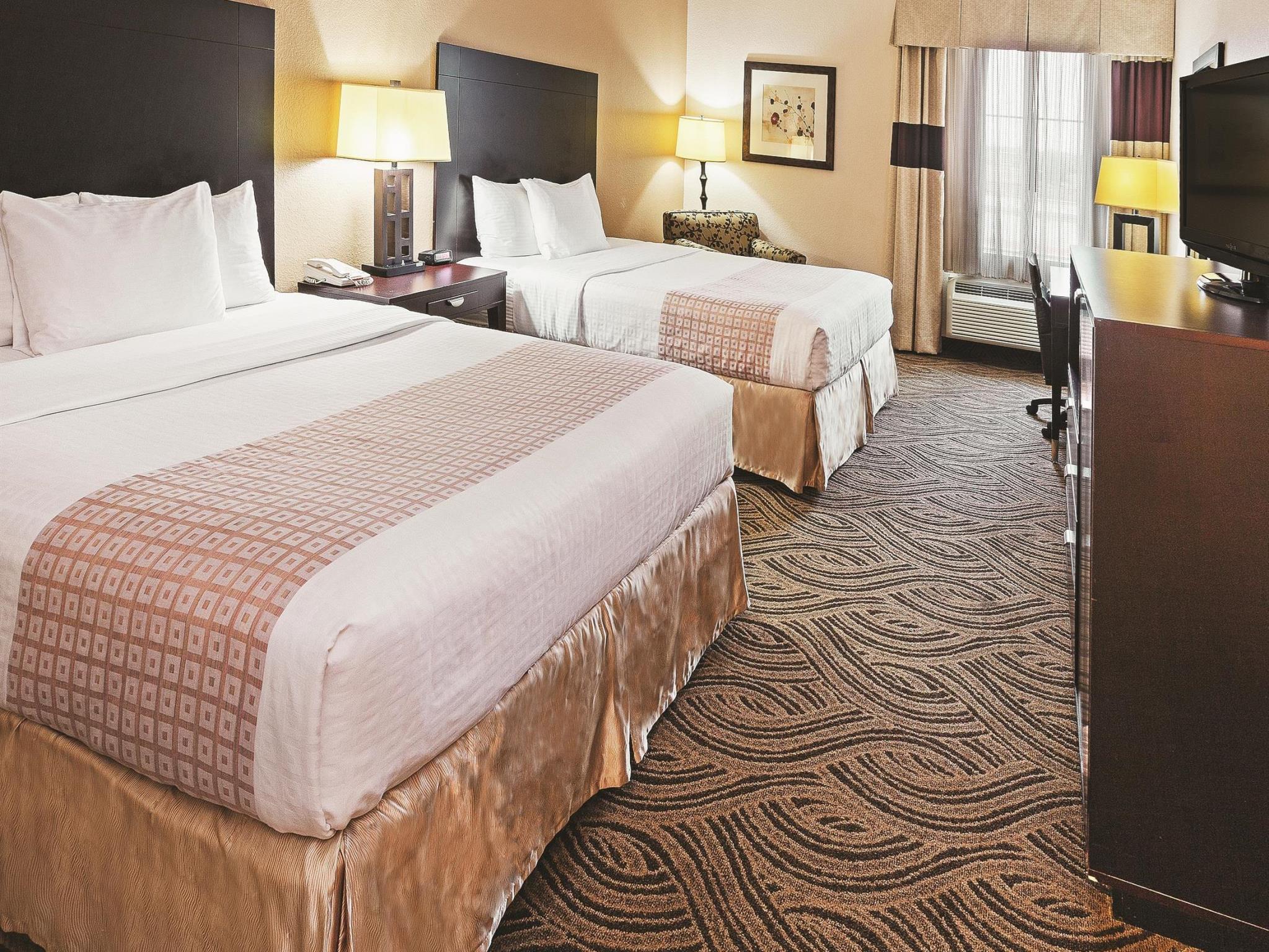 La Quinta Inn & Suites By Wyndham Burleson