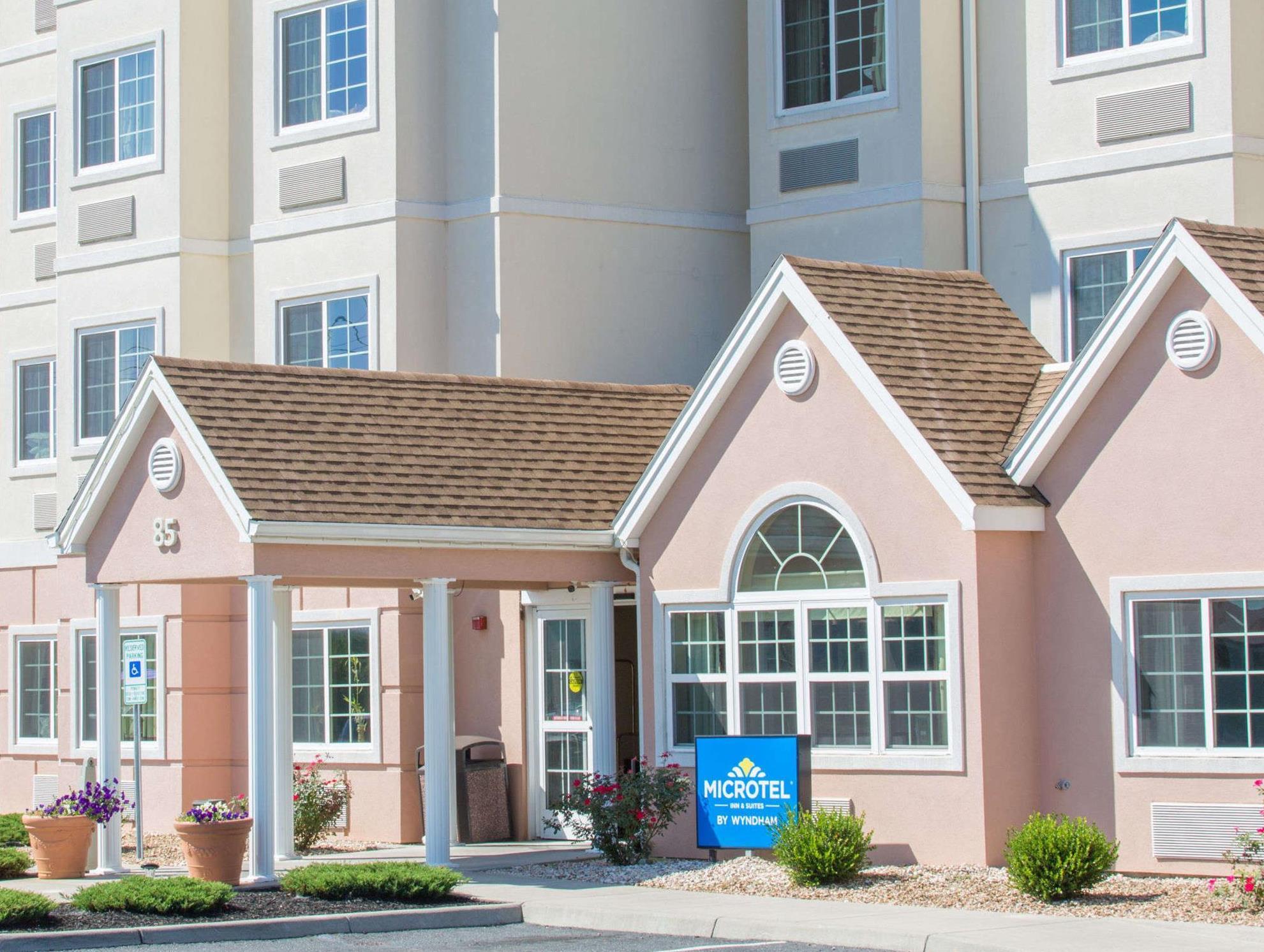 Microtel Inn And Suites By Wyndham Harrisonburg
