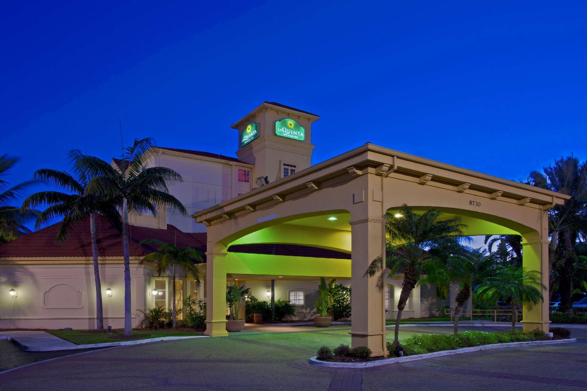La Quinta Inn And Suites By Wyndham Miami Airport West