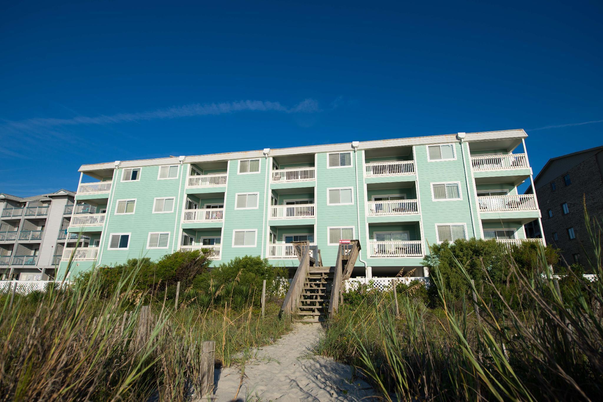 Sandpebble Beach Club By Patton Hospitality