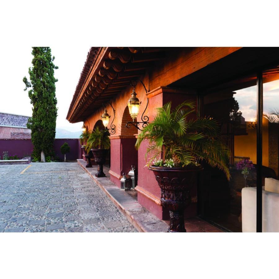 Mision Grand Casa Colorada