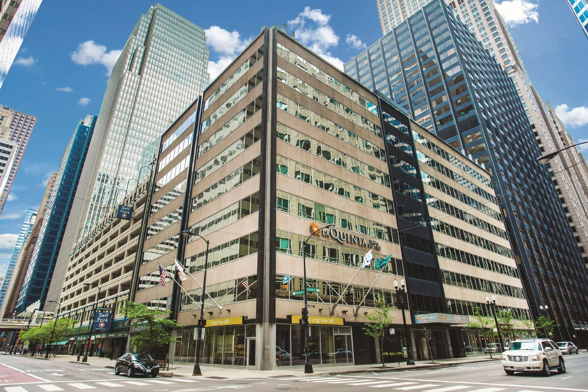 La Quinta Inn And Suites By Wyndham Chicago Downtown