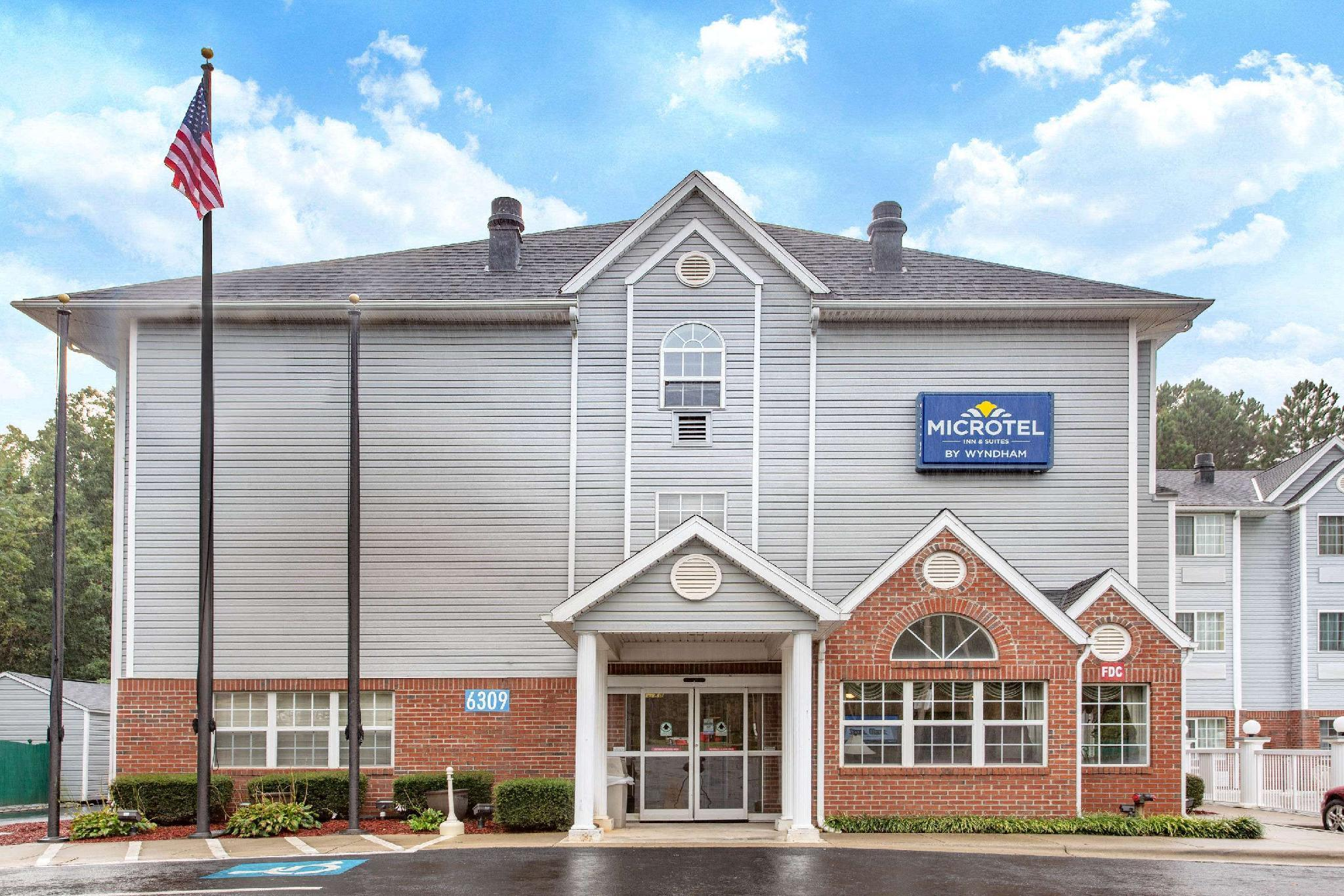 Microtel Inn And Suites By Wyndham Charlotte Northlake