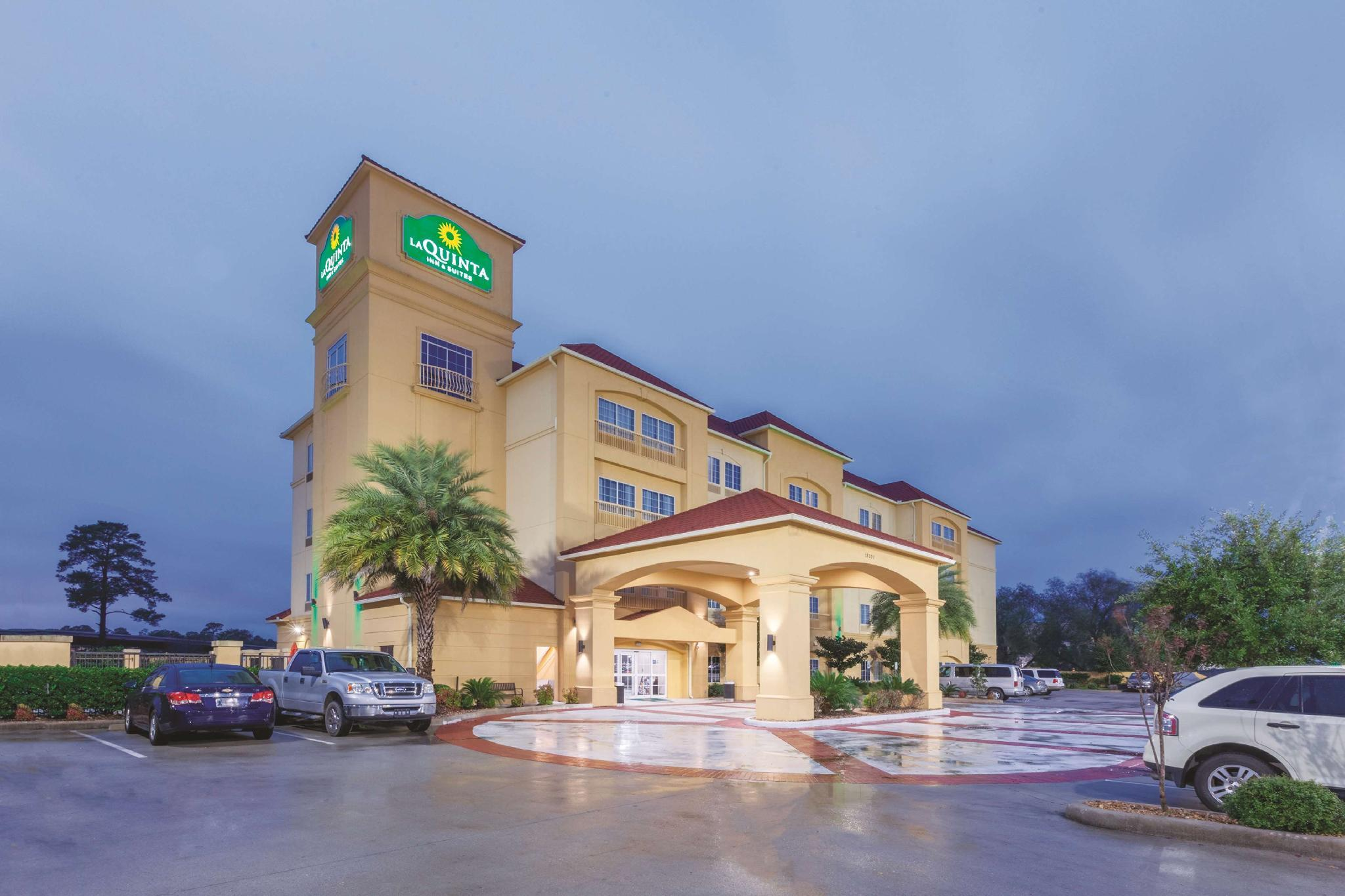 La Quinta Inn And Suites By Wyndham Houston Bush Intl Airpt E