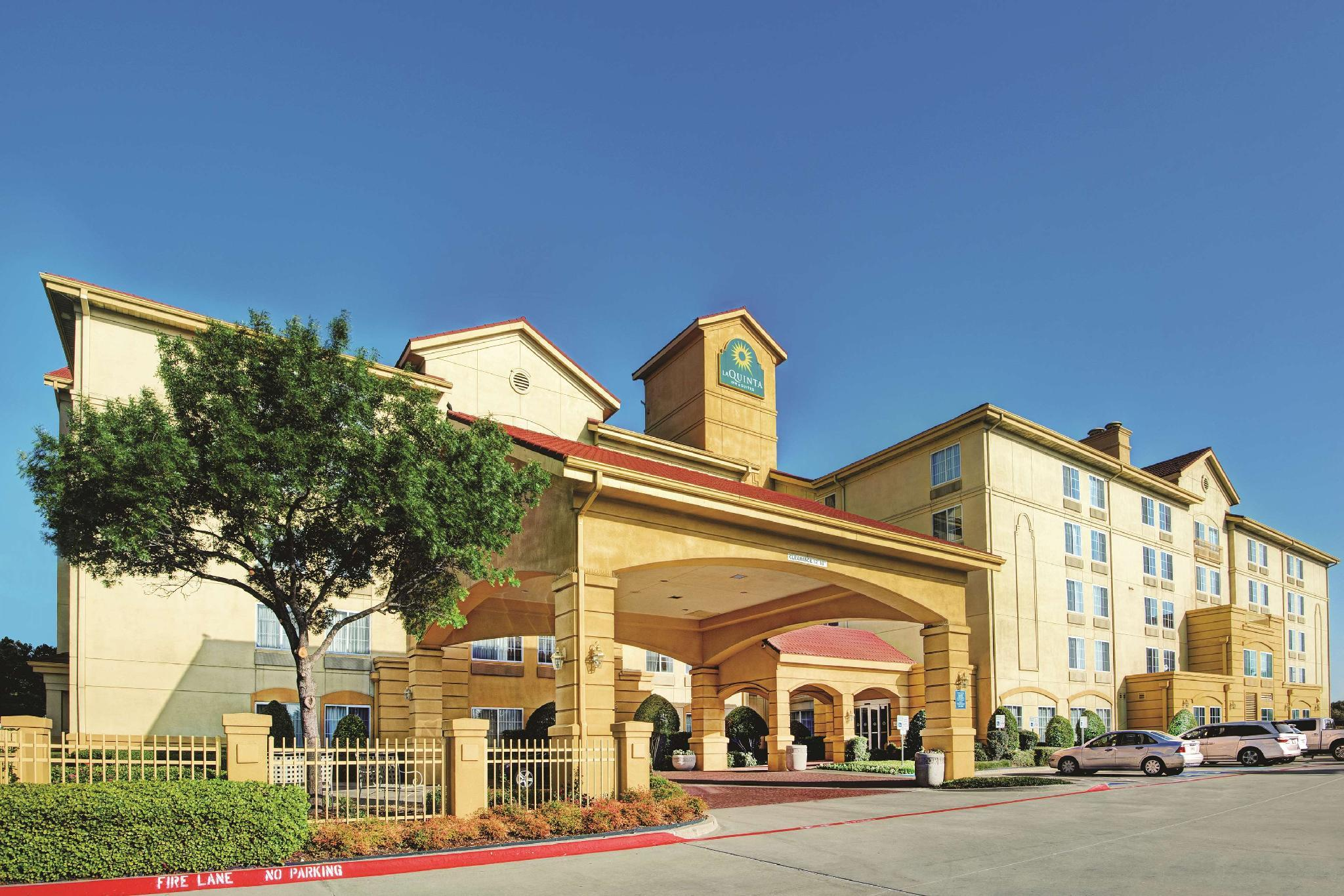 La Quinta Inn And Suites By Wyndham DFW Airport South   Irving