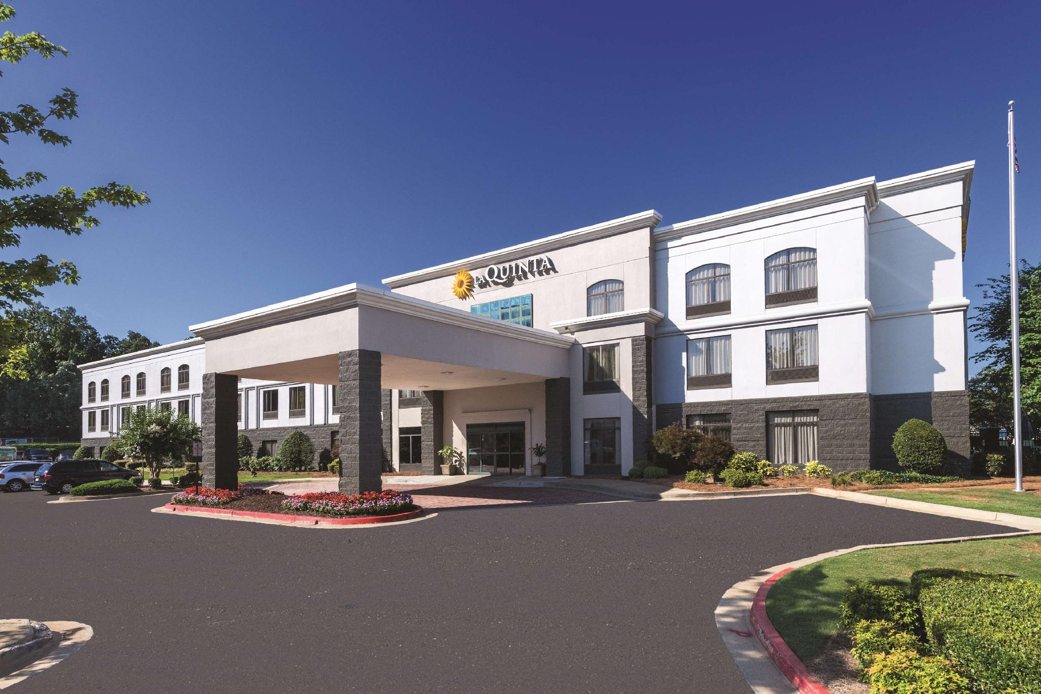 La Quinta Inn And Suites By Wyndham Kennesaw