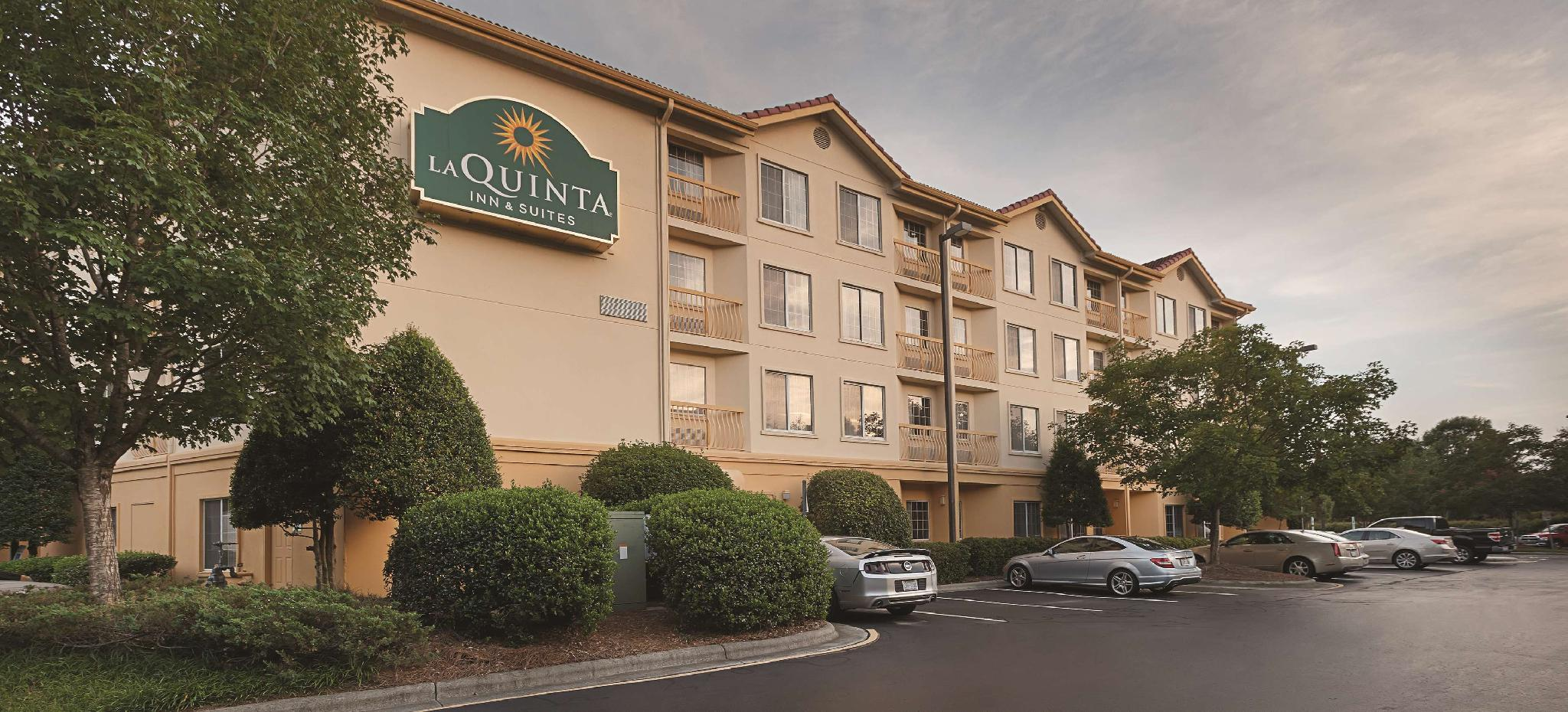 La Quinta Inn And Suites By Wyndham Raleigh Durham Airport