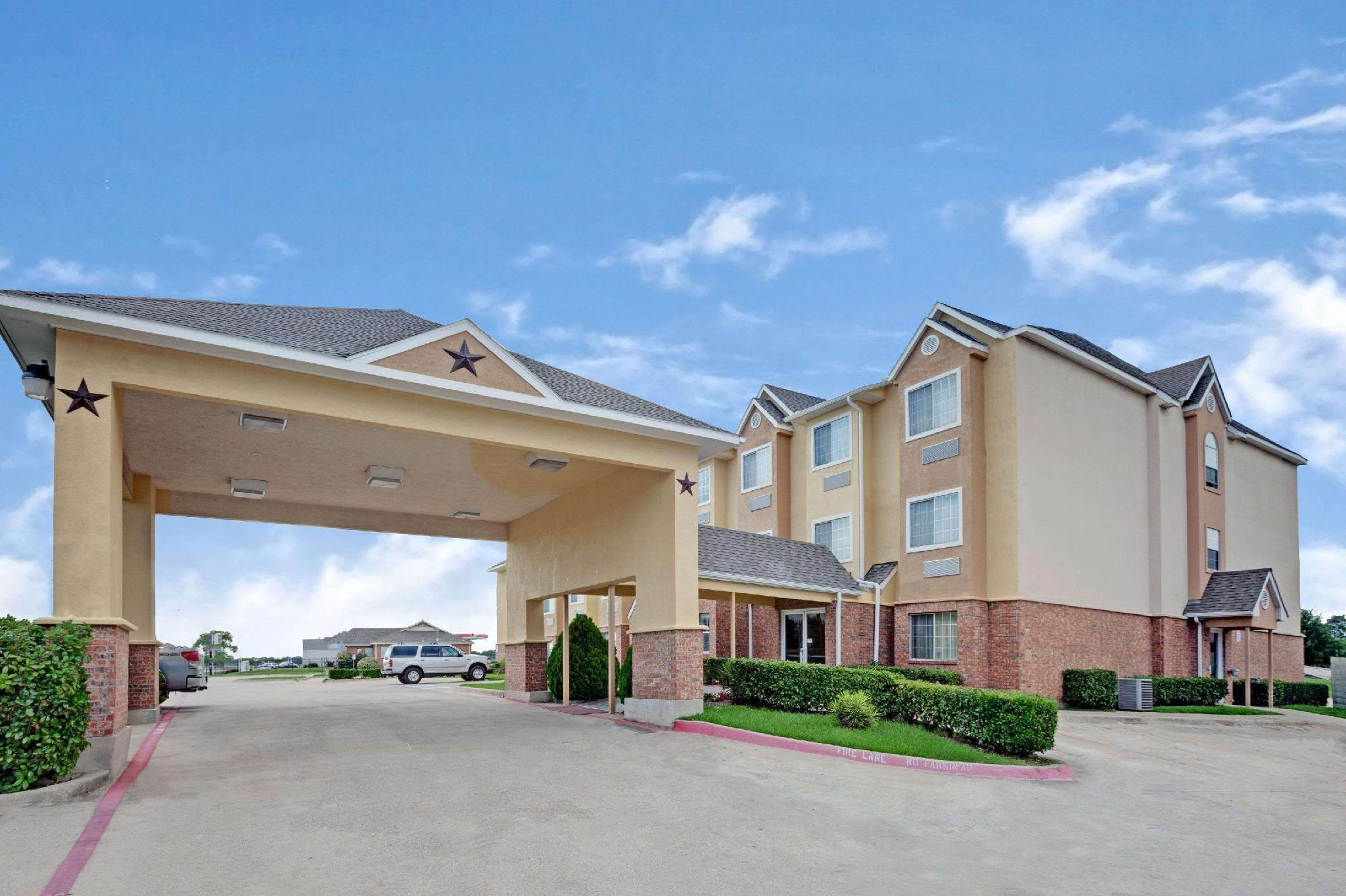 Microtel Inn And Suites By Wyndham Mesquite Dallas At I 30