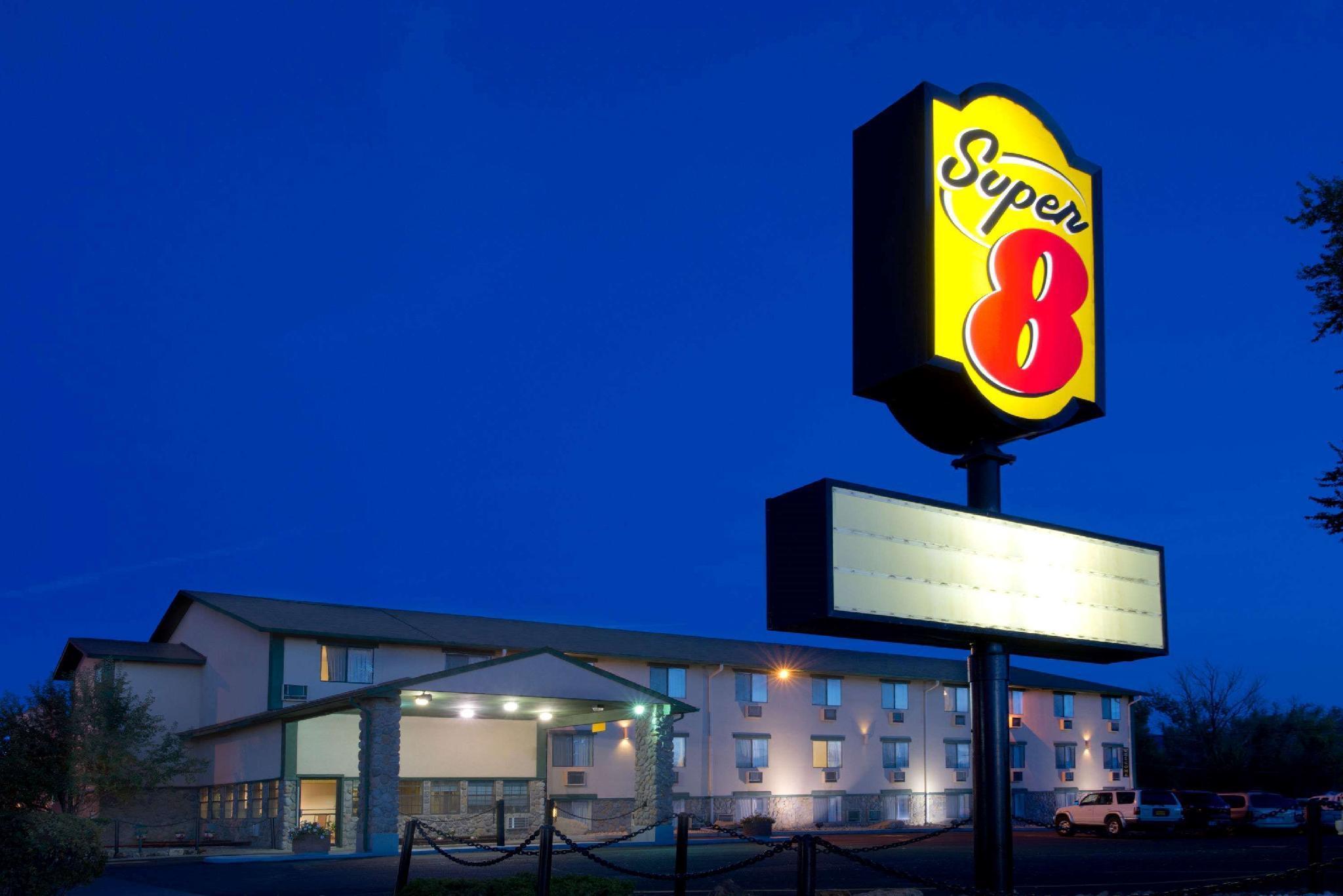 Super 8 By Wyndham Cortez Mesa Verde Area
