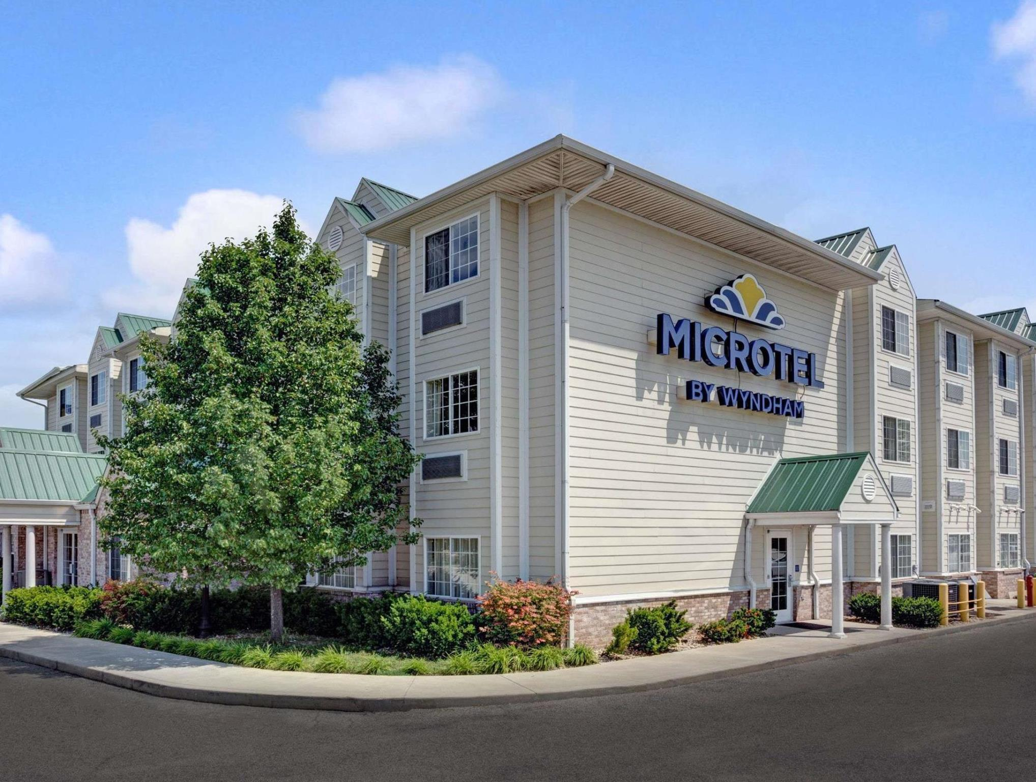 Microtel Inn And Suites By Wyndham Indianapolis Airport